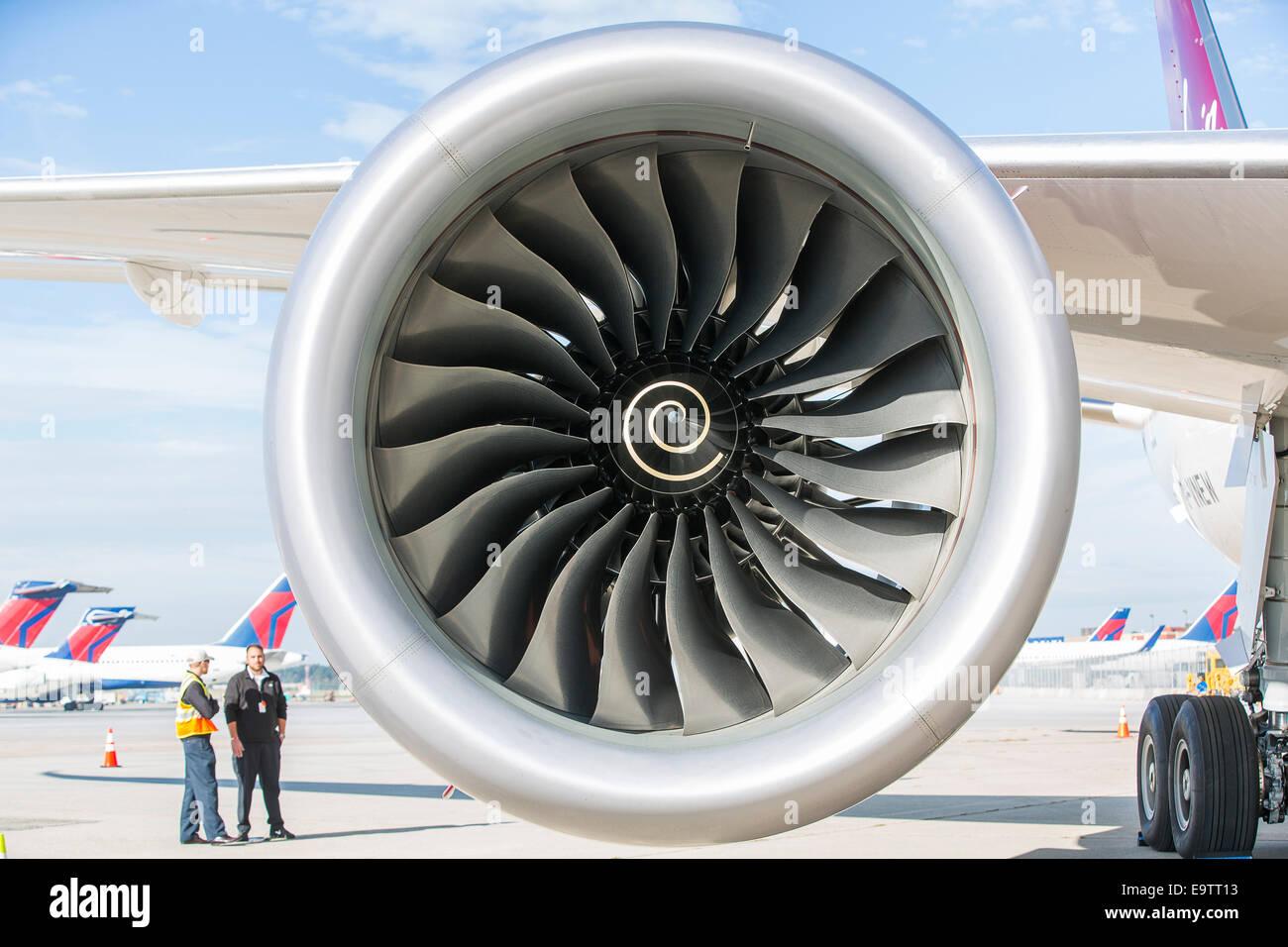 A Rolls Royce Trent 1000 turbofan engine mounted on a new Boeing 787 Dreamliner for Virgin Atlantic. - Stock Image