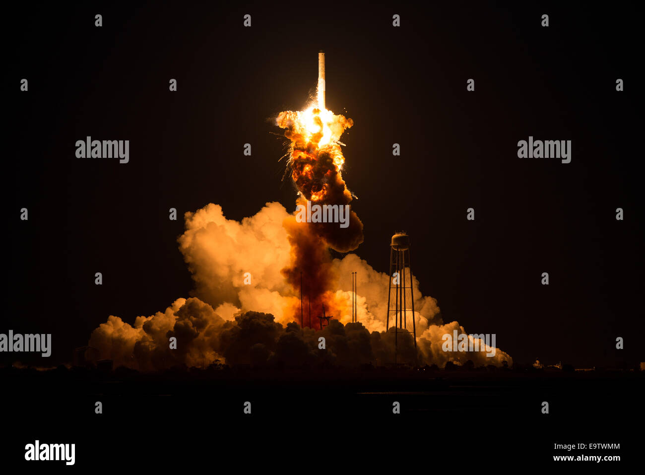 The Orbital Sciences Corporation Antares rocket, with the Cygnus spacecraft onboard suffers a catastrophic anomaly - Stock Image