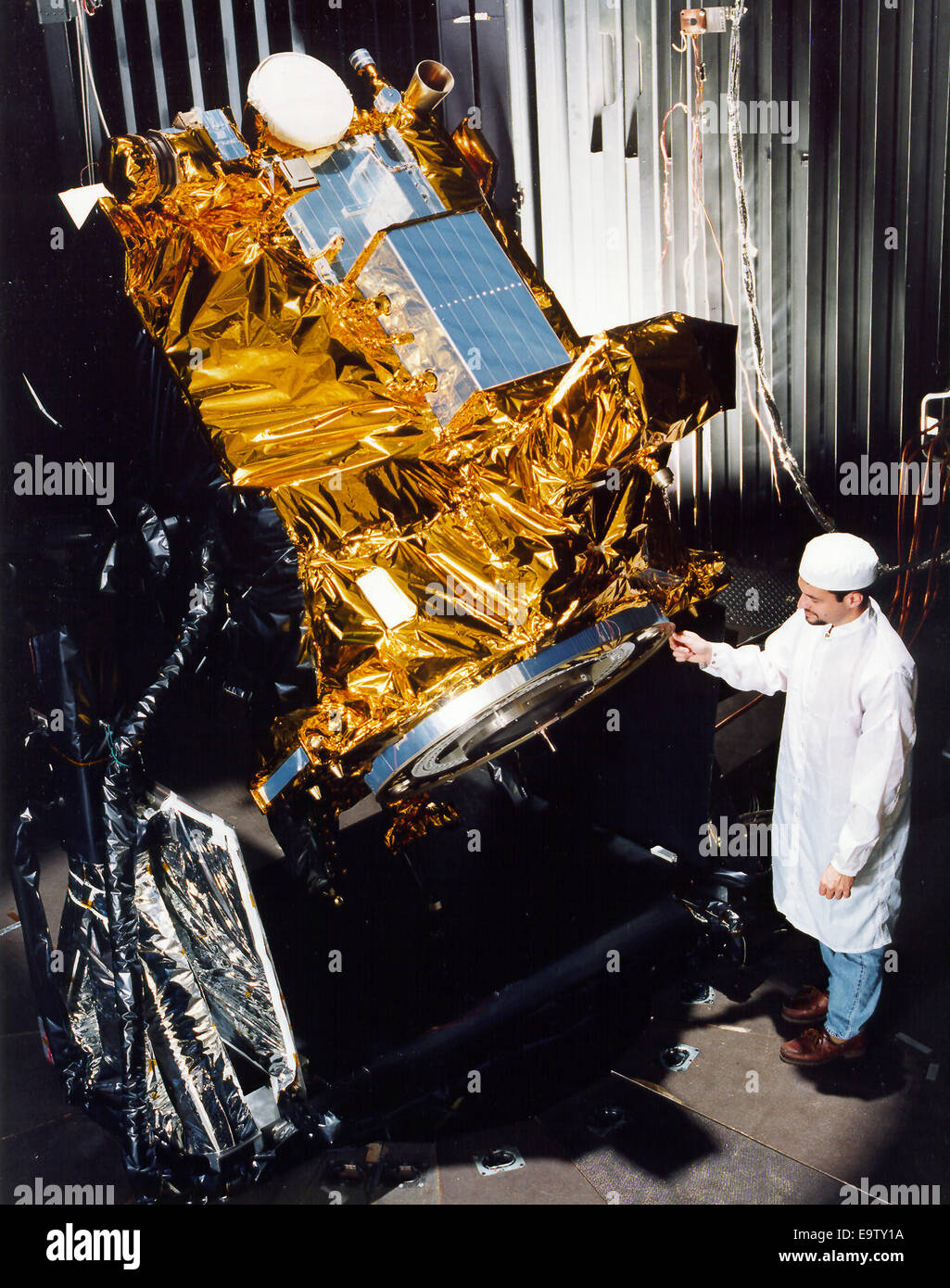 The completely assembled Deep Space 1 (DS-1) technology demonstrator spacecraft. The DS-1 spacecraft incorporates - Stock Image