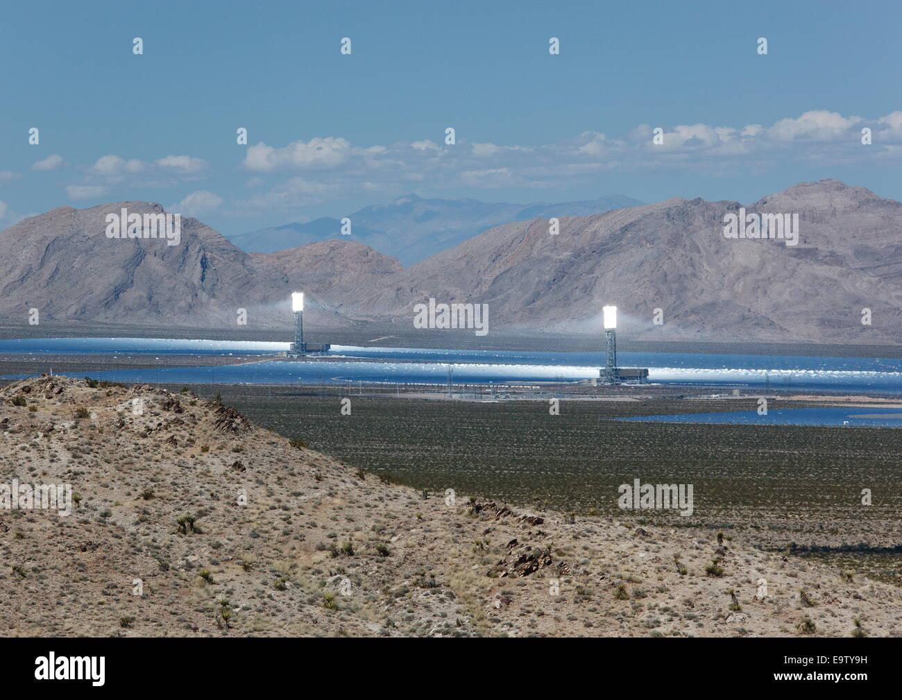 Ivanpah solar thermal energy project, near Primm, California, USA - Stock Image