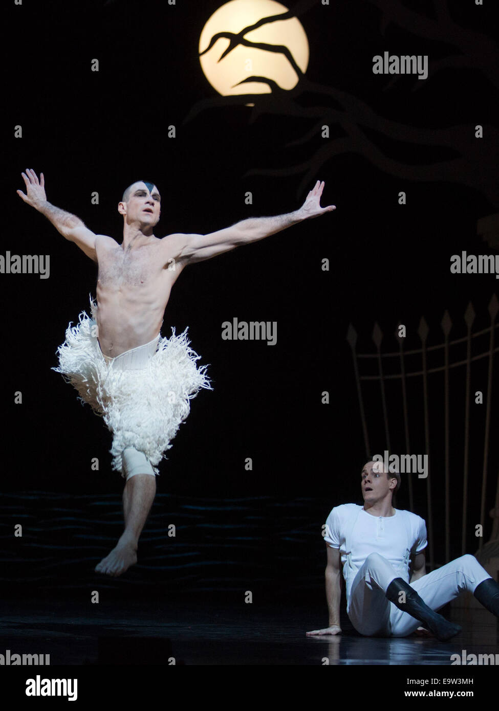 Matthew Bourne's Swan Lake, Sadler's Wells Theatre, London. Jonathan Ollivier as The Swan and Sam Archer - Stock Image