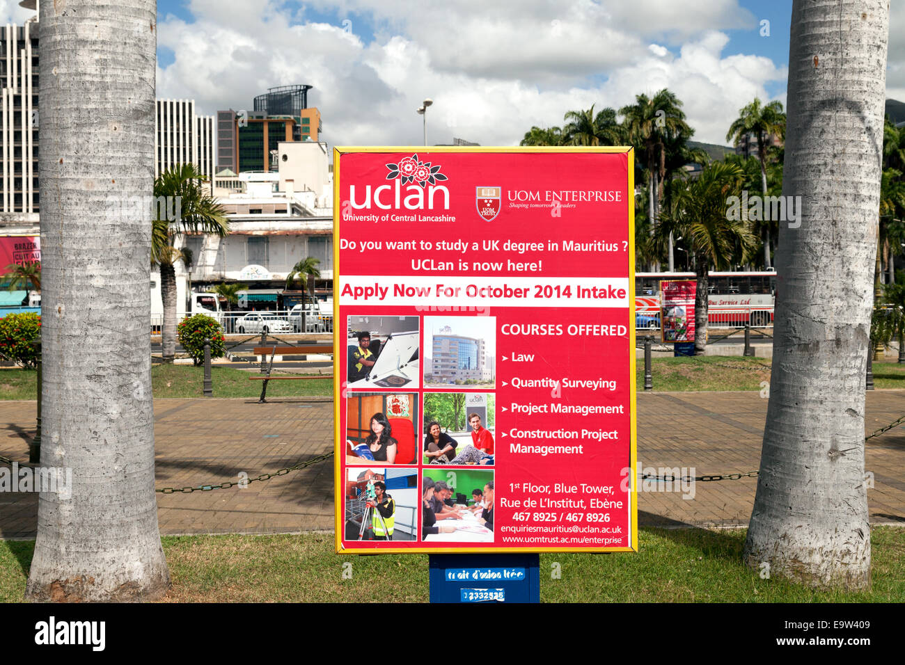 Sign in Mauritius for the British University of Central Lancashire running courses in Mauritius to get a British - Stock Image