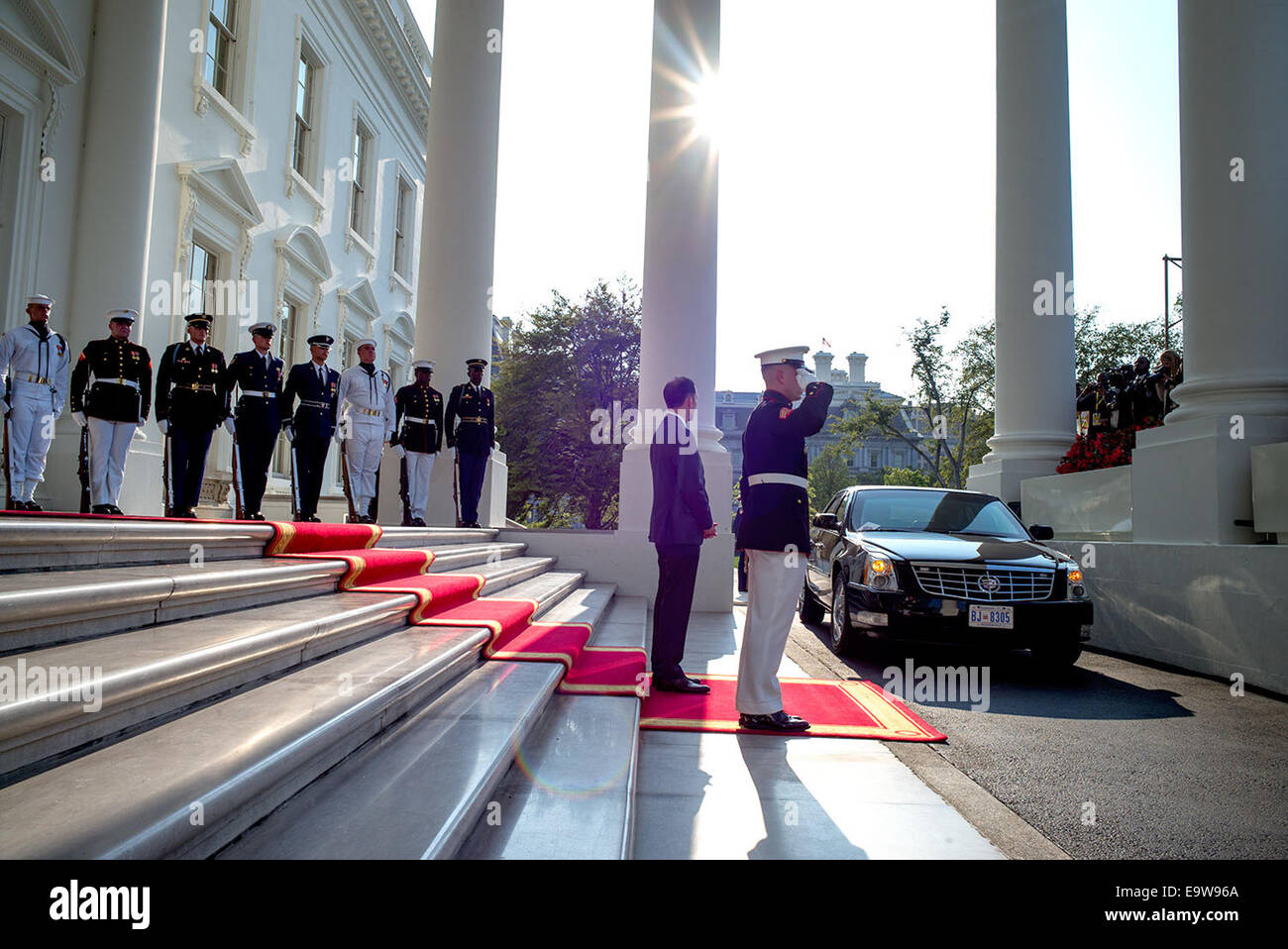 Amb. Peter Selfridge, Chief of Protocol, U.S. Department of State, waits to greet a leader arriving for the U.S. - Stock Image