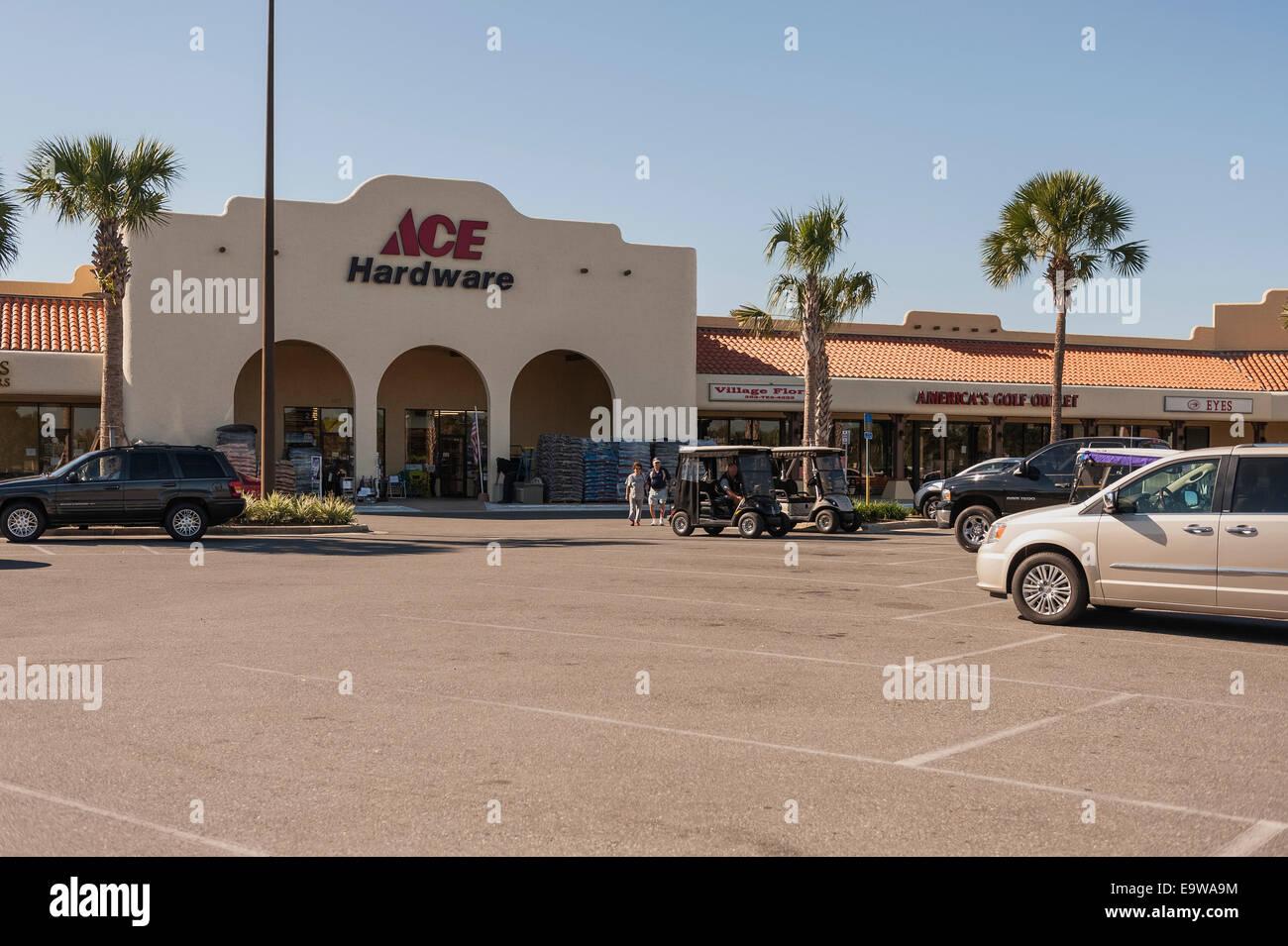 Ace Hardware Stock Photos & Ace Hardware Stock Images - Alamy