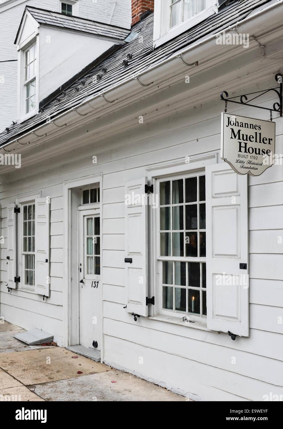 Johannes Mueller House, Lititz, Pennsylvania, USA - Stock Image