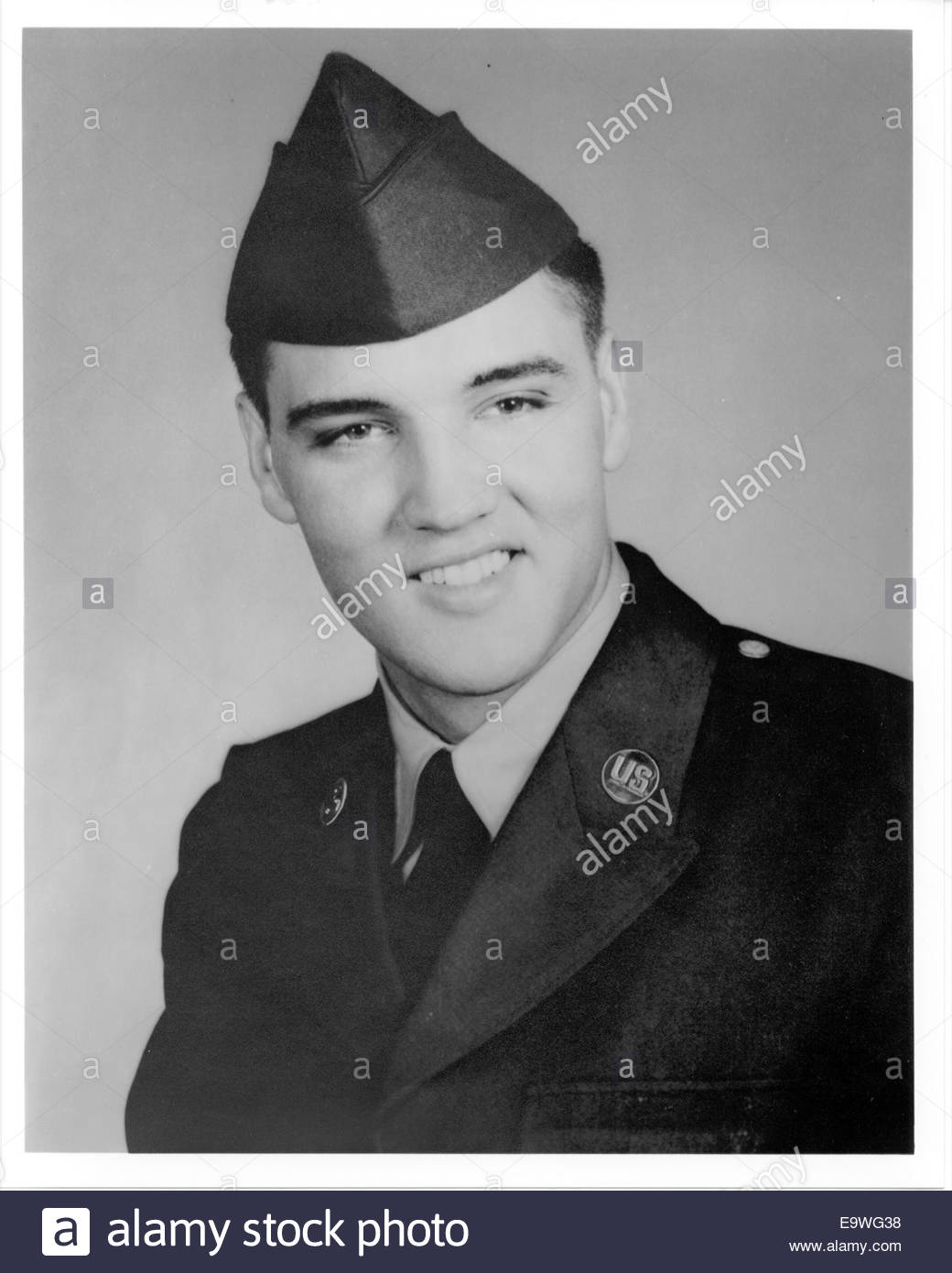 ELVIS PRESLEY IN THE ARMY, circa 1958. Courtesy Granamour Weems Collection.  Editorial use only. - Stock Image