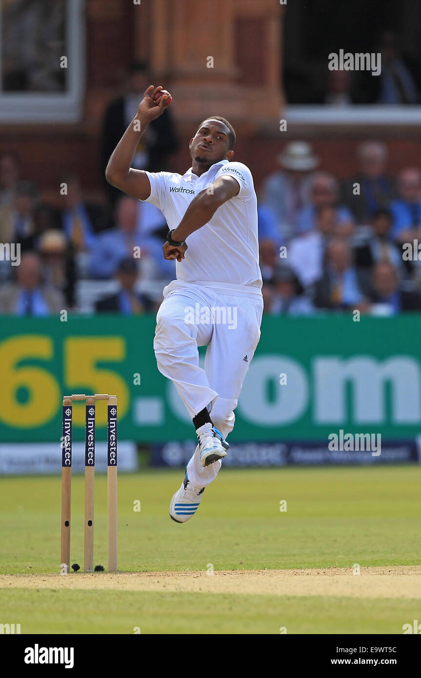 Cricket - Chris Jordan of England bowls against India during the Investec Second Test match at Lord's in 2014 - Stock Image