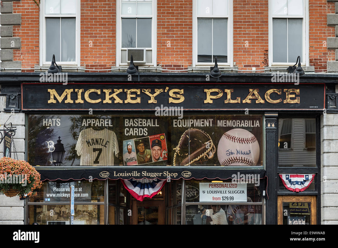 Mickey's Place baseball memorabilia and souvenir shop, Cooperstown, New York, USA - Stock Image