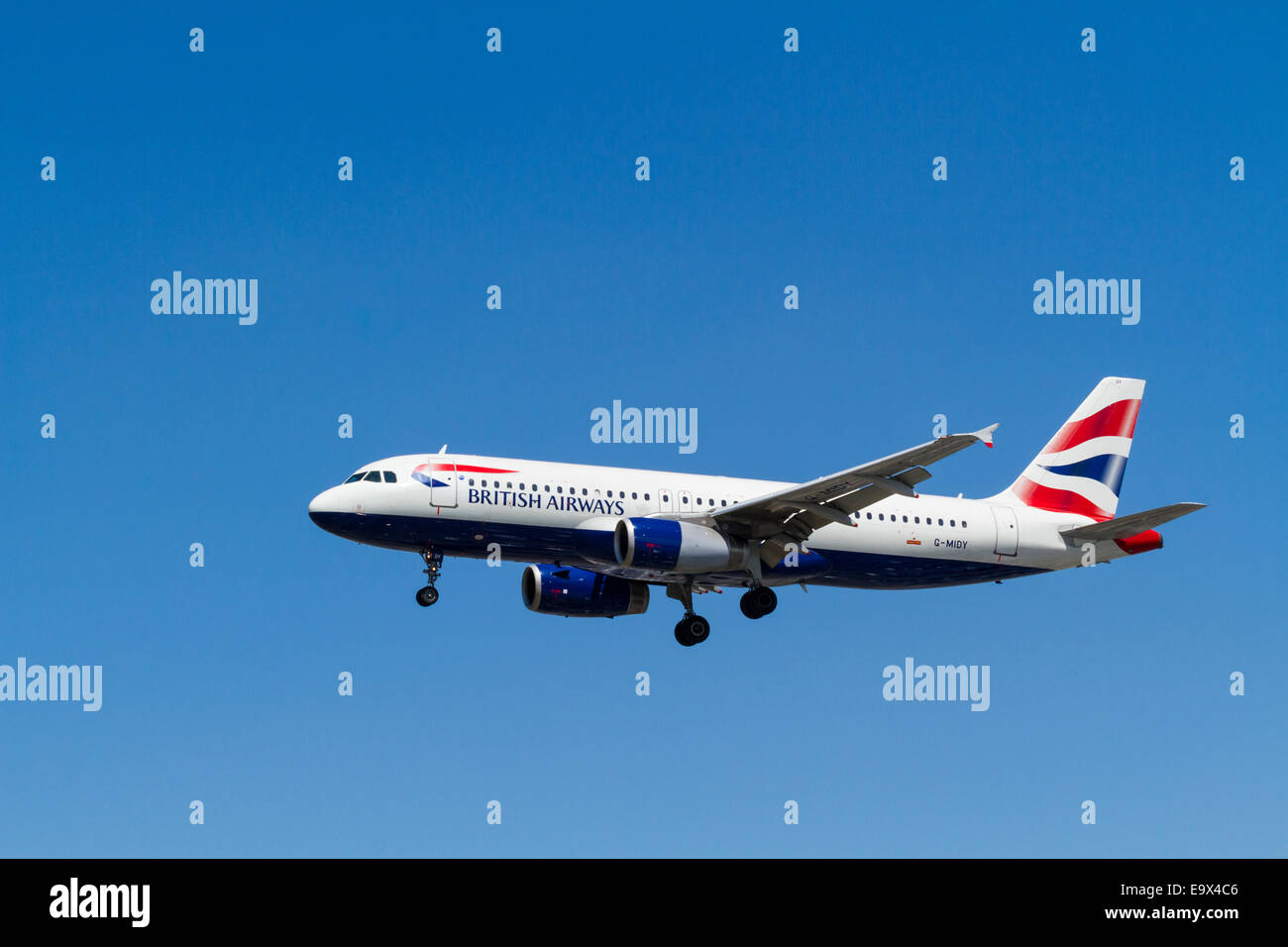 British Airways Airbus A320, G-MIDY on landing approach at London Heathrow, England, UK - Stock Image
