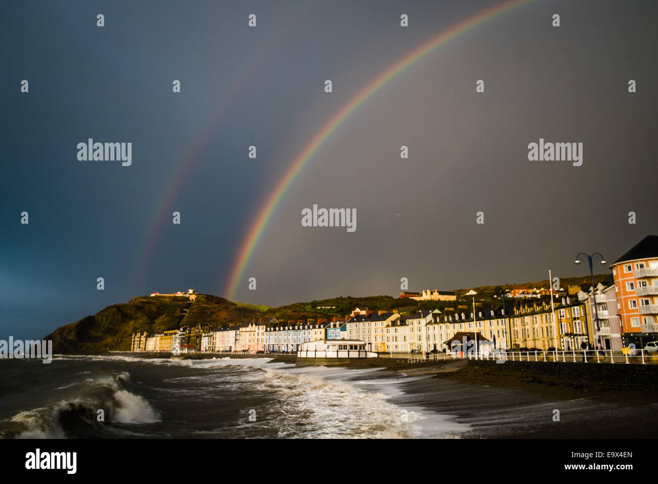 Aberystwyth, Wales, UK. 3rd November,  2014.  Cold windy and very wet weather returns to Aberystwyth on the west - Stock Image