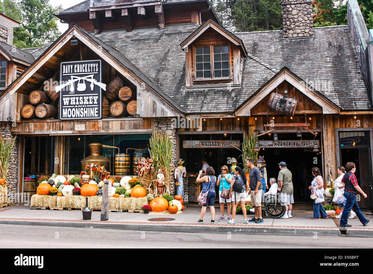 Old Log Cabin Themed Moonshine Distillery Gift Store In