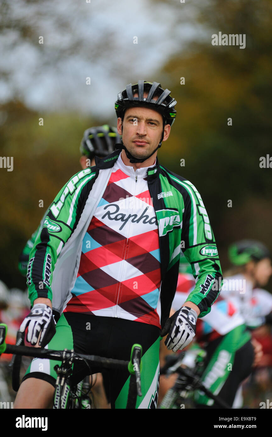 competitor in cyclocross race at start line - Stock Image
