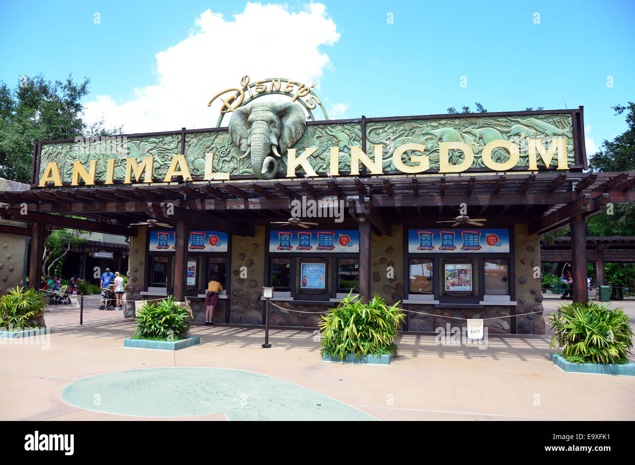 Entrance to Disney's Animal Kingdom, at Walt Disney World Resort, Orlando, Florida - Stock Image