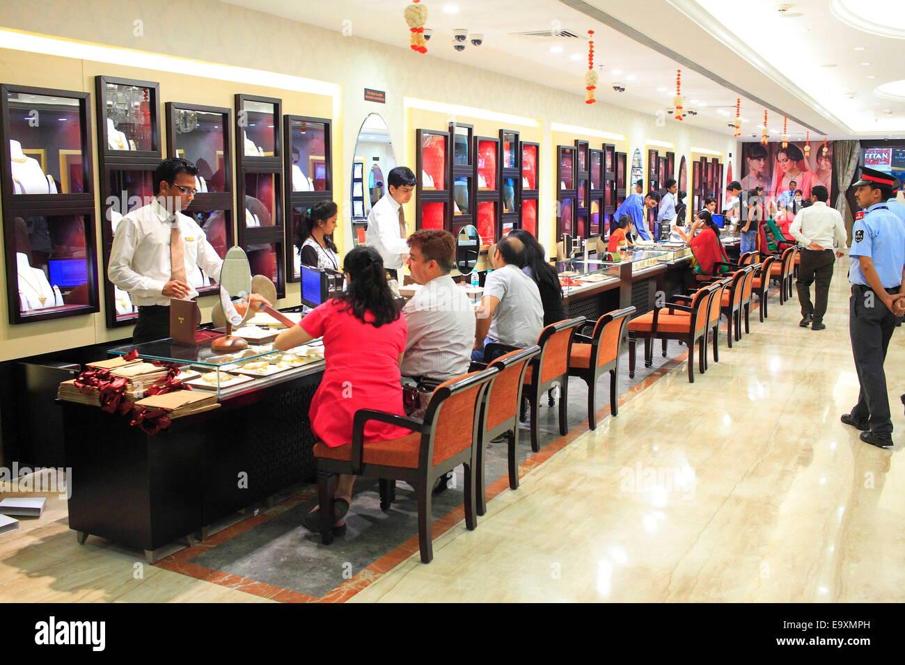 3842b7bb88853 Mumbai, India. 21st Oct, 2014. Customers buying Gold Jewelry at ...