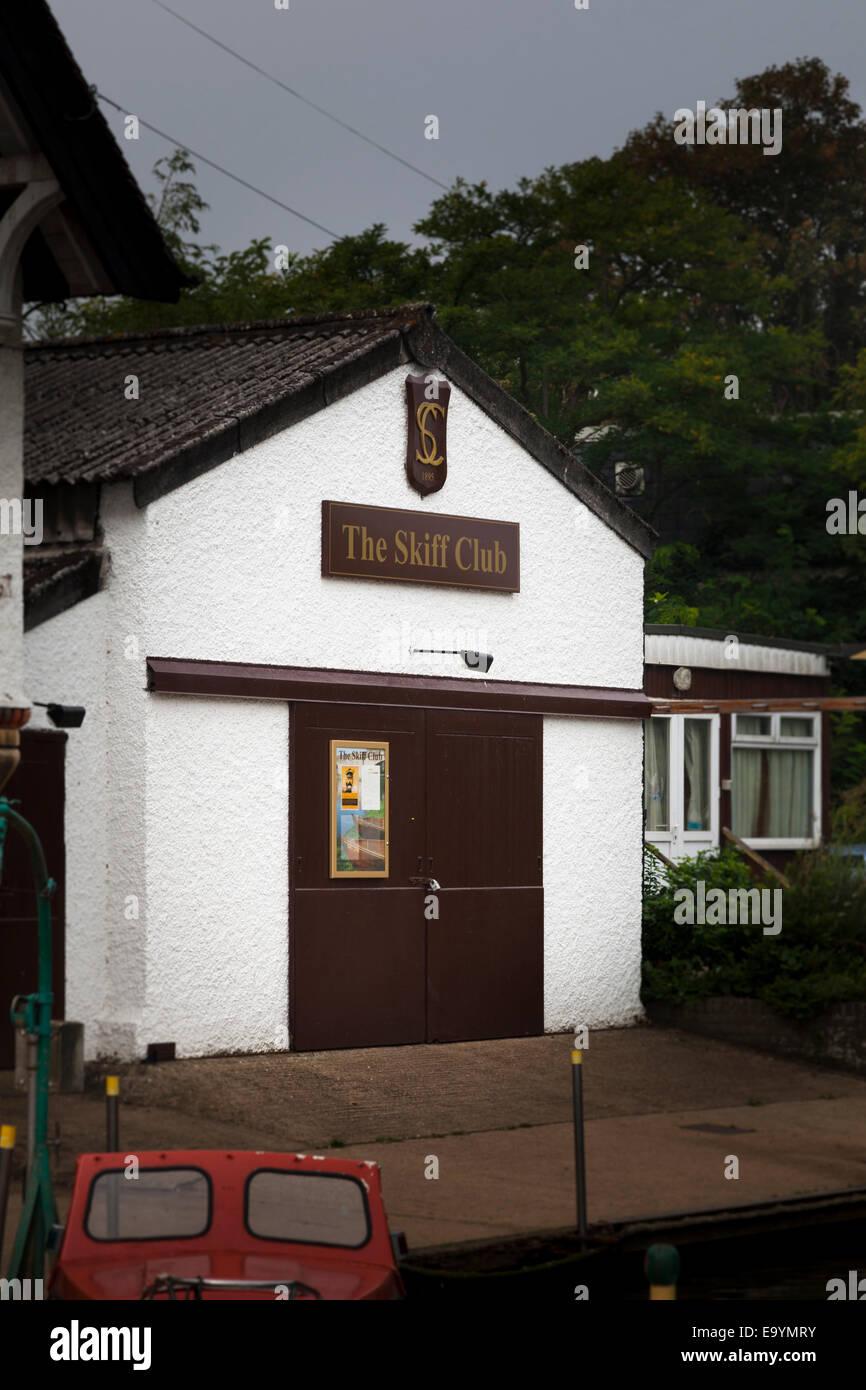 Exterior of the Skiff Club at Teddington on the Thames Stock Photo