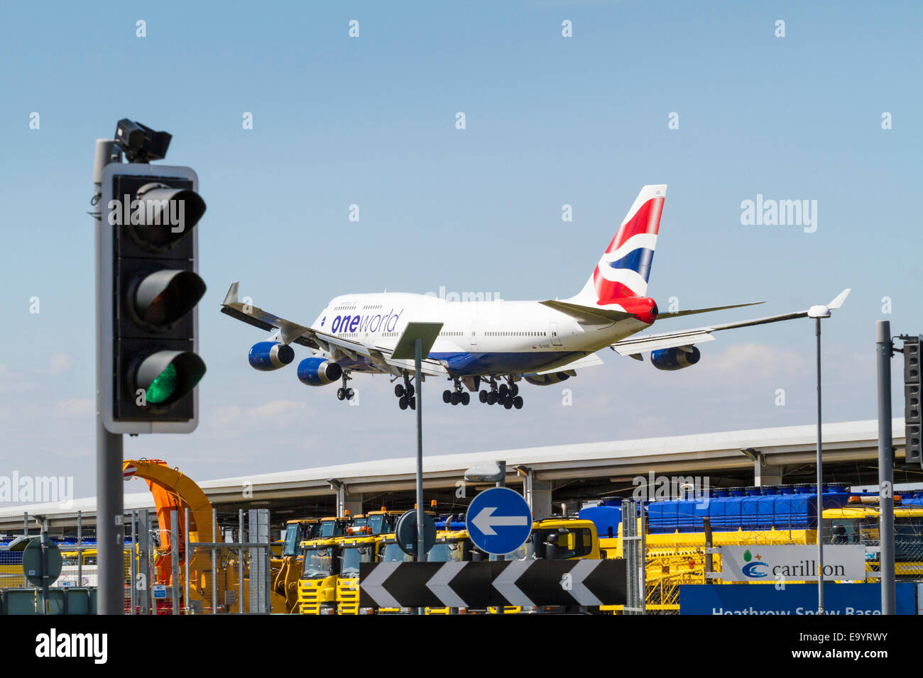 British Airways Boeing 747-436, G-CIVD, on its approach for landing at London Heathrow, England, UK - Stock Image