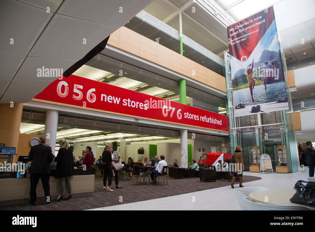 Vodafone Group Stock Photos Vodafone Group Stock Images Alamy - Vodafone-head-office-portugal