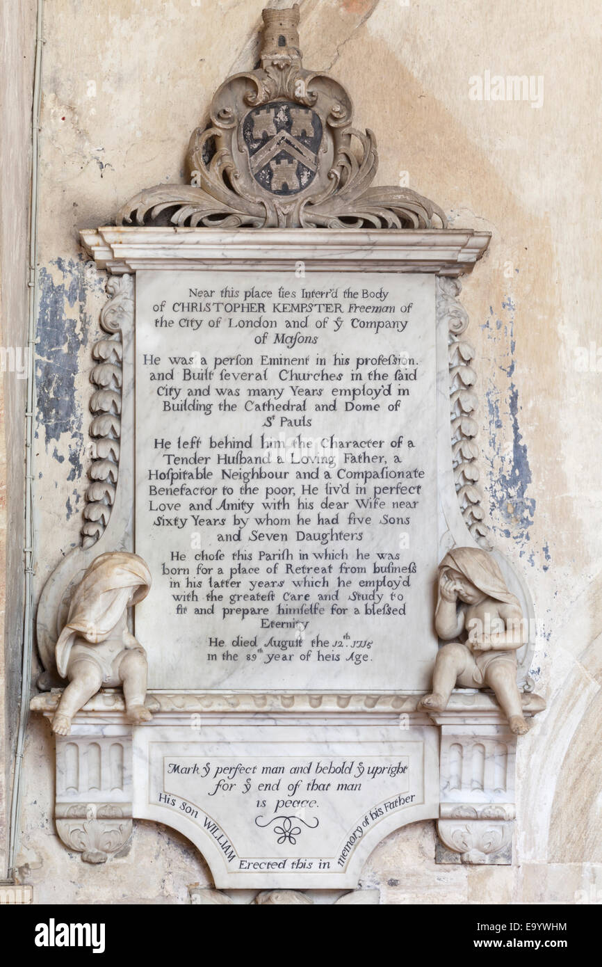 Memorial to Christopher Kempster in the parish church of St John the Baptist in the Cotswold town of Burford, Oxfordshire - Stock Image