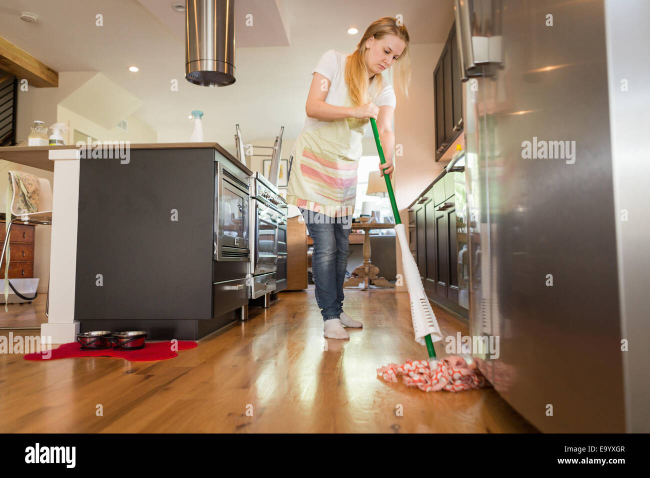 Mopping Floor Stock Photos Amp Mopping Floor Stock Images