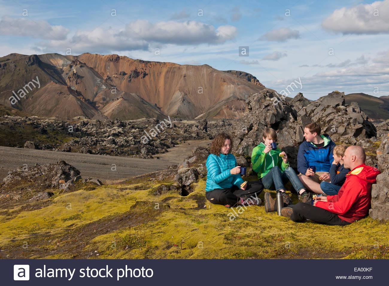 Family having lunch at Landmannalaugar, Fjallabak, Iceland - Stock Image
