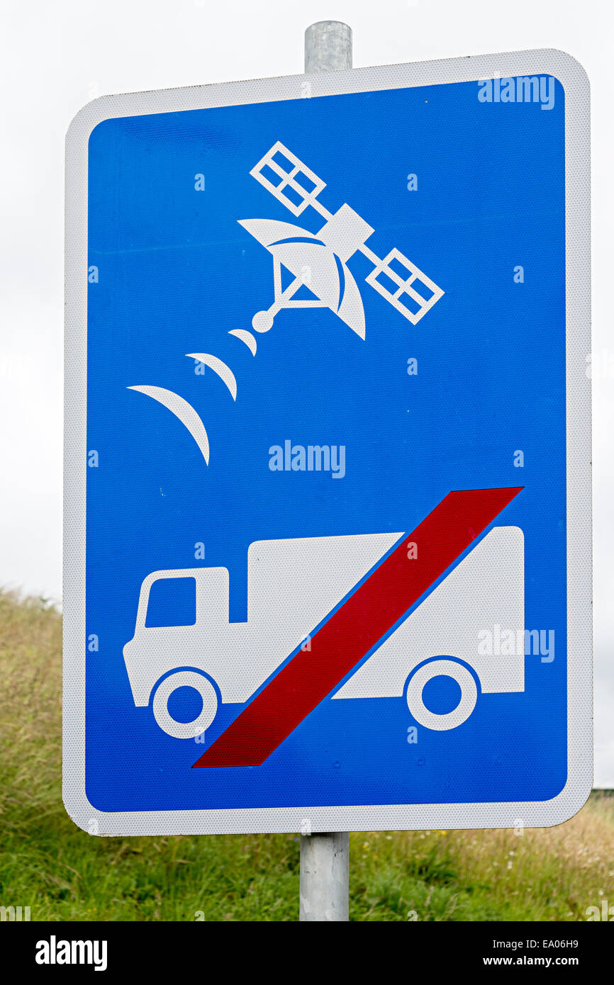 Warning for satnav drivers not to turn into side road, Llanelli, Wales, UK - Stock Image