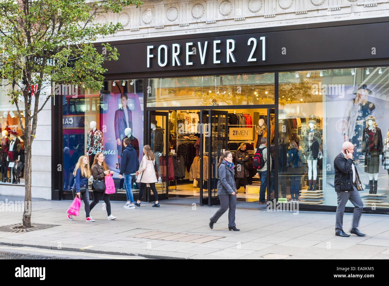 forever 21 stock photos forever 21 stock images alamy