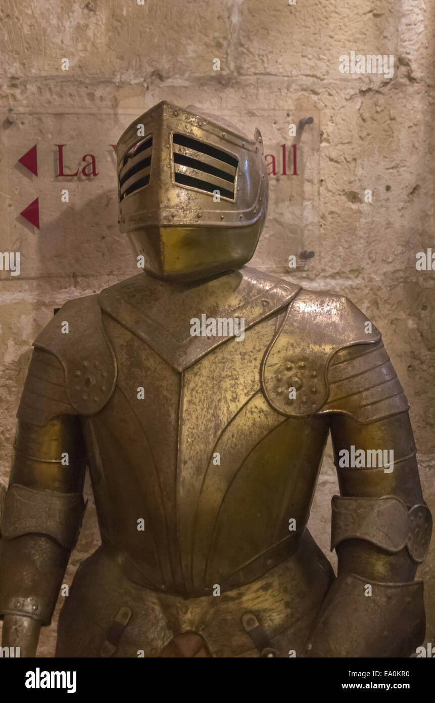 Suits of armour of the Knights of Malta at the Sacra Infermeria - Valletta, Malta. - Stock Image