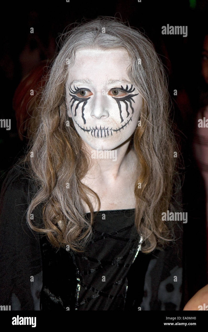 scary girls face paint stock photos & scary girls face paint stock