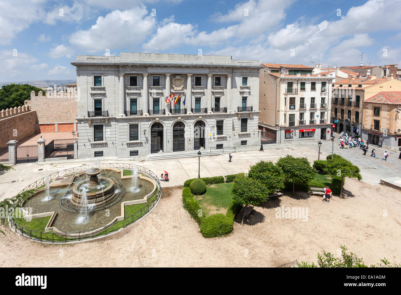 Square with a fountain in the old town of Avila, Castilla y Leon, Spain - Stock Image