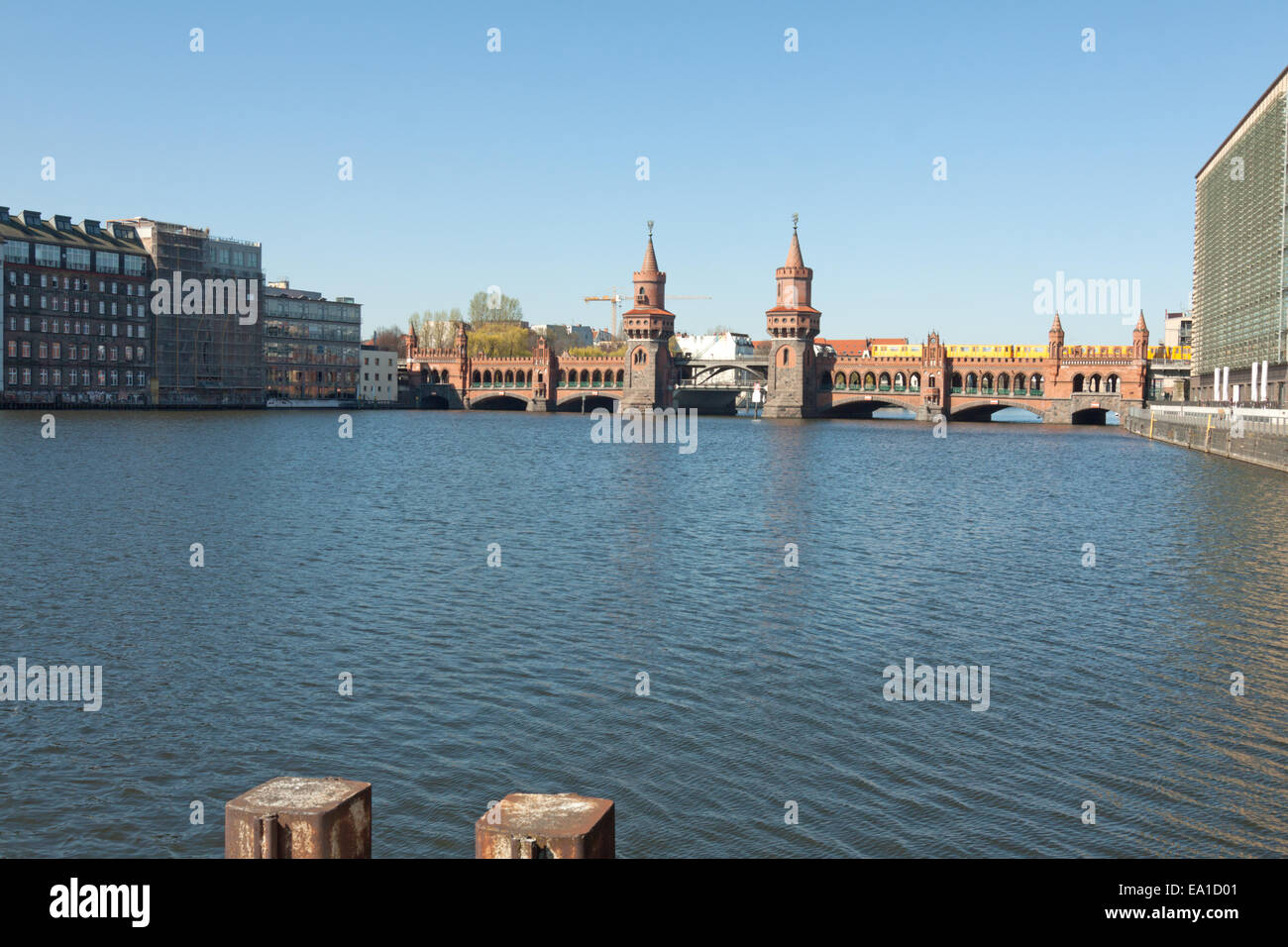 Oberbaumbrucke centered - Stock Image