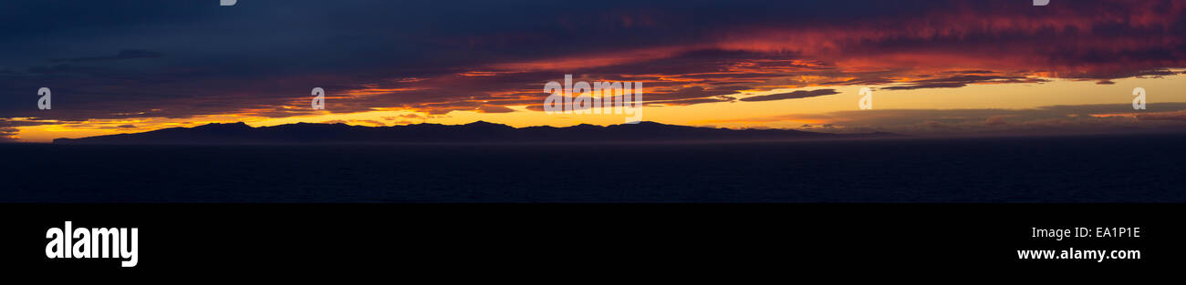 Dramatic widescreen HD panoramic sunset - Stock Image