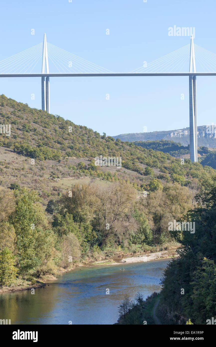 Two of the seven pylons of the Millau viaduct overhanging the Tarn river, near Millau in the southern France. Viaduc - Stock Image