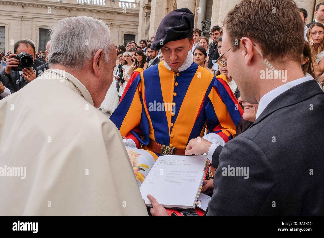 Vatican City, 05th Nov, 2014. Pope Francis, General Audience in St. Peter Square, 05 Nov 2014.David Geisser, the - Stock Image