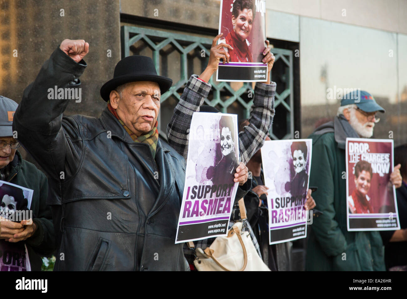 Detroit,  Michigan, USA. 5th November, 2014. Supporters of Palestinian-American activist Rasmea Odeh hold a vigil Stock Photo