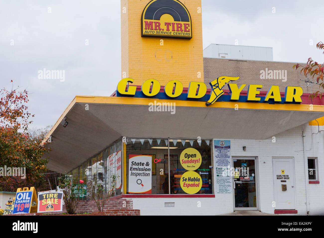 Store Search Mr Tire Auto Service Centers >> Mr Tire Storefront Virginia Usa Stock Photo 75047475 Alamy