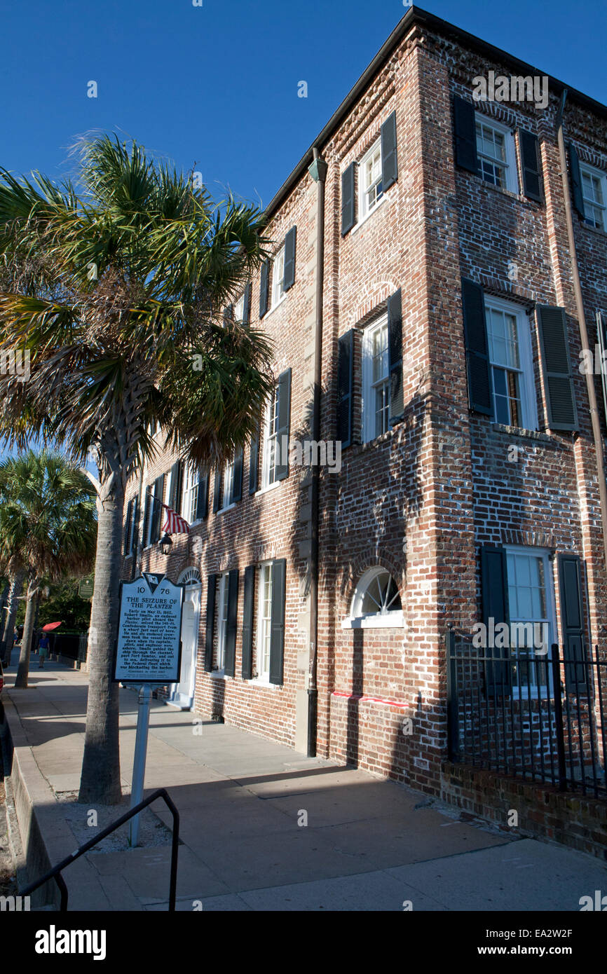 Brick building in Charleston, SC. with historical marker for the seizure of the Planter by Union forces during the - Stock Image