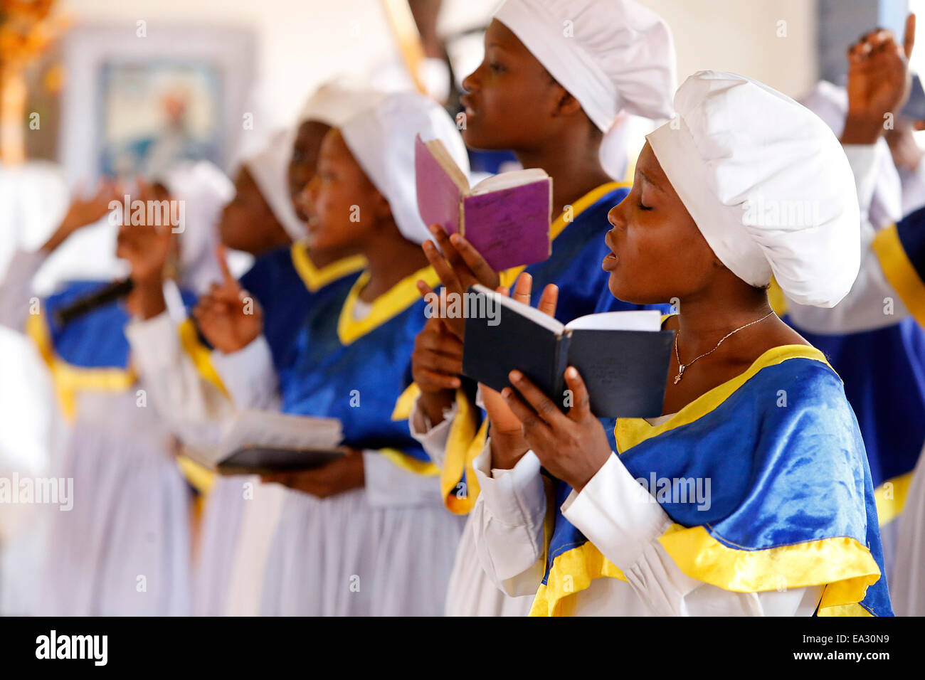 Choir singing, Sunday celebration at the Celestial Church of Christ, Missessinto, Atlantique, Benin, West Africa, - Stock Image