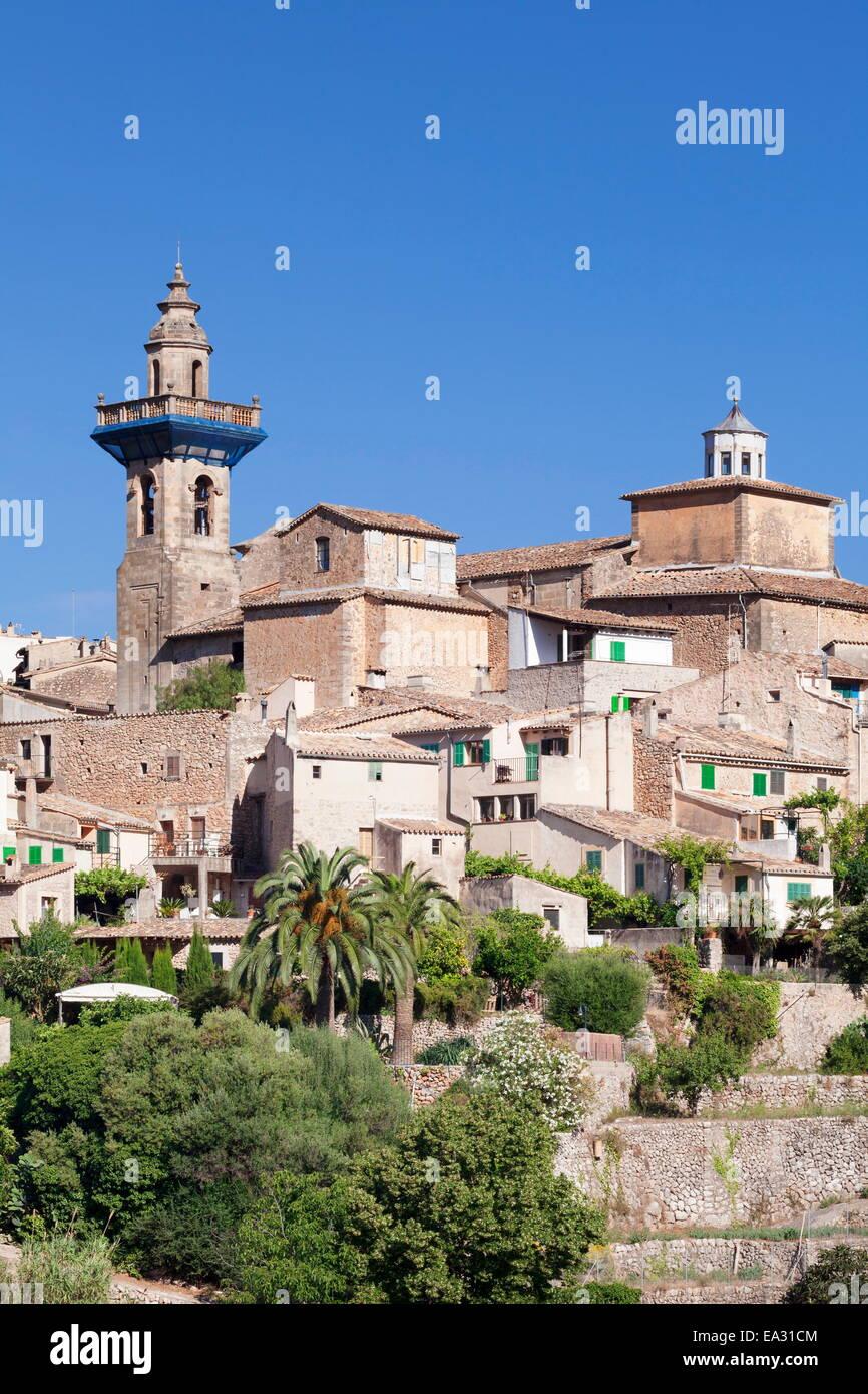 Valldemossa (Valldemosa) with parish church Sant Bartomeu, Majorca (Mallorca), Balearic Islands, Spain, Mediterranean, Stock Photo