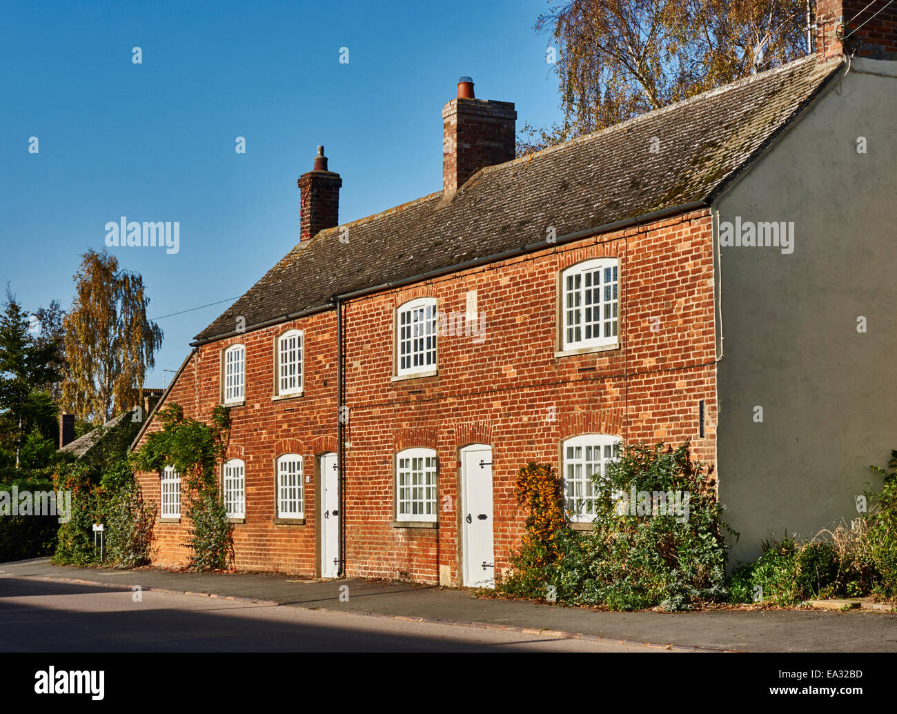 Old Brick Houses Stock Photos & Old Brick Houses Stock Images - Alamy