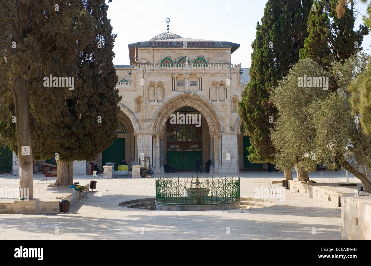 The entrance of the Al-aqsa mosque on the temple-square in Jerusalem - Stock Image