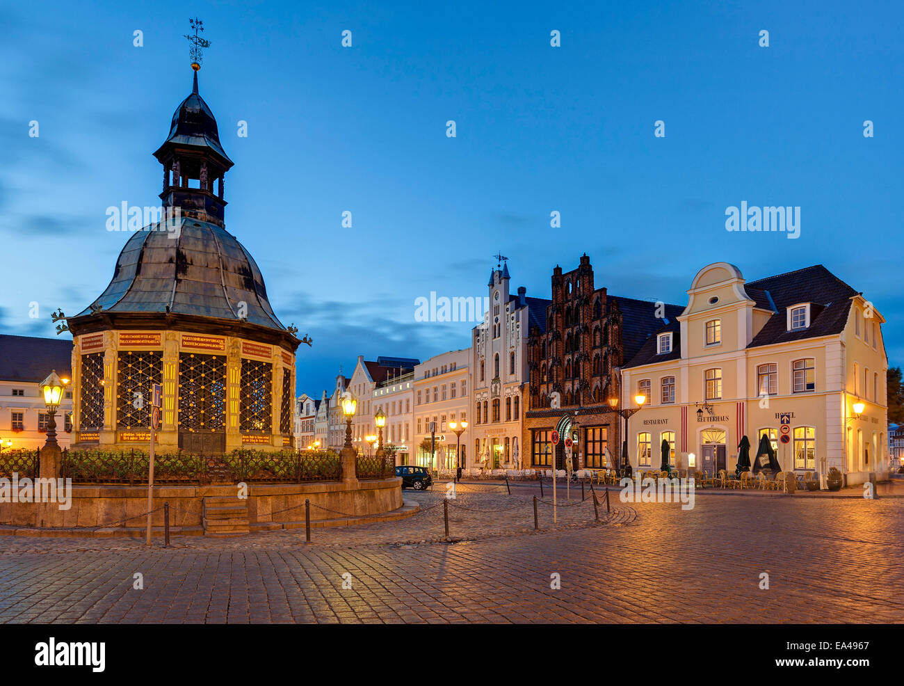 Waterworks at the market, Wismar, Mecklenburg-Western Pomerania, Germany - Stock Image