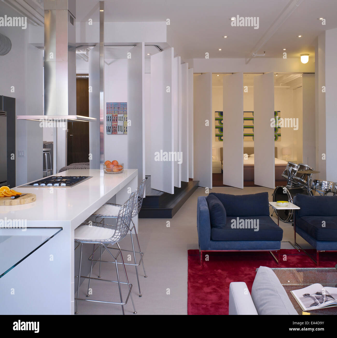Open Plan Studio Apartment On Broadway, Hollywood, Los