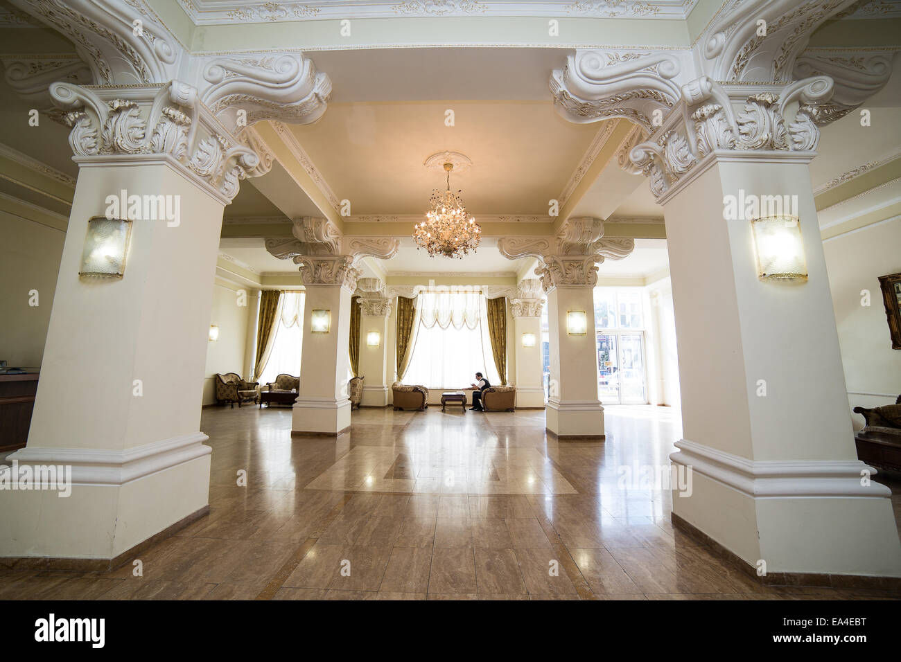 Luxury lobby in hotel reception hall interior design for Hotel reception design
