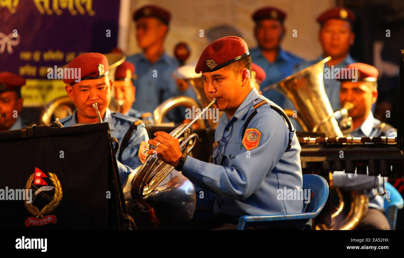 Kathmandu, Nepal. 6th Nov, 2014. Members of musical band of Nepal police perform during a musical show to mark the - Stock Image