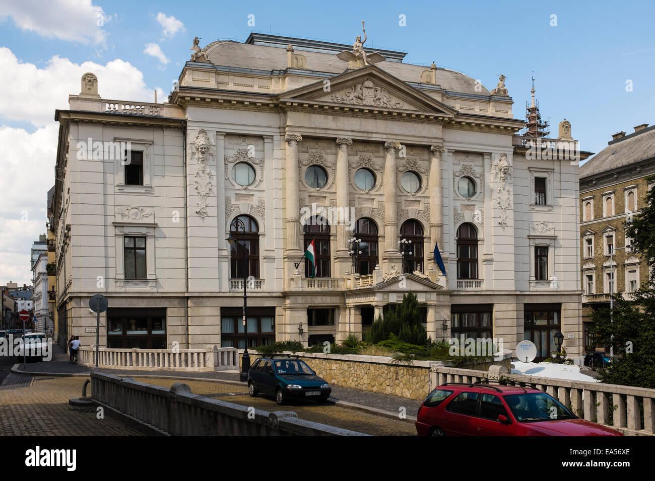 Exterior view of Heritage House / Hagyomanyok Haza, in the Visivaros district of Budapest, Hungary. - Stock Image