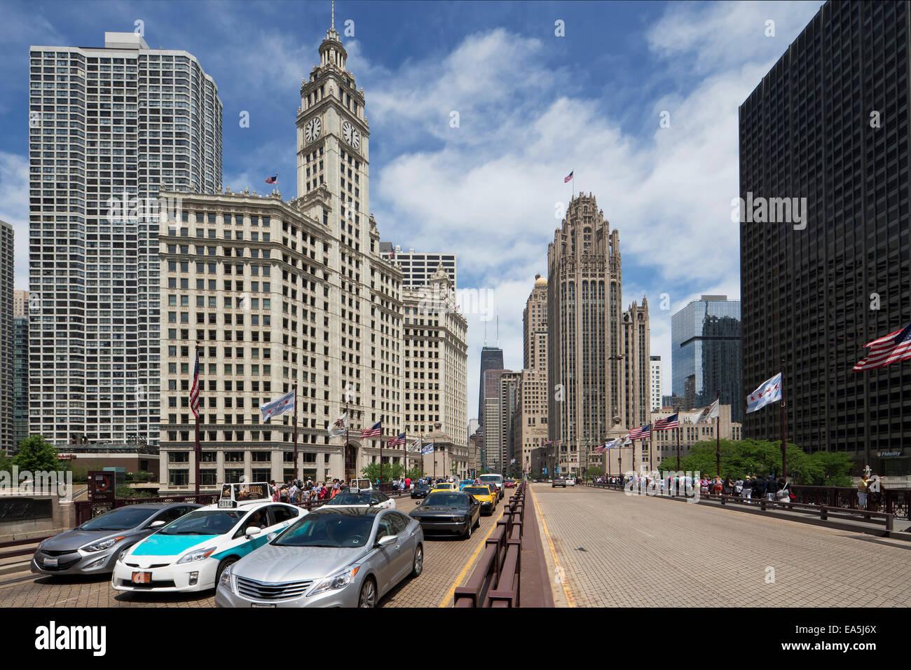 USA, Illinois, Chicago, Wrigley Building and Tribune Tower - Stock Image
