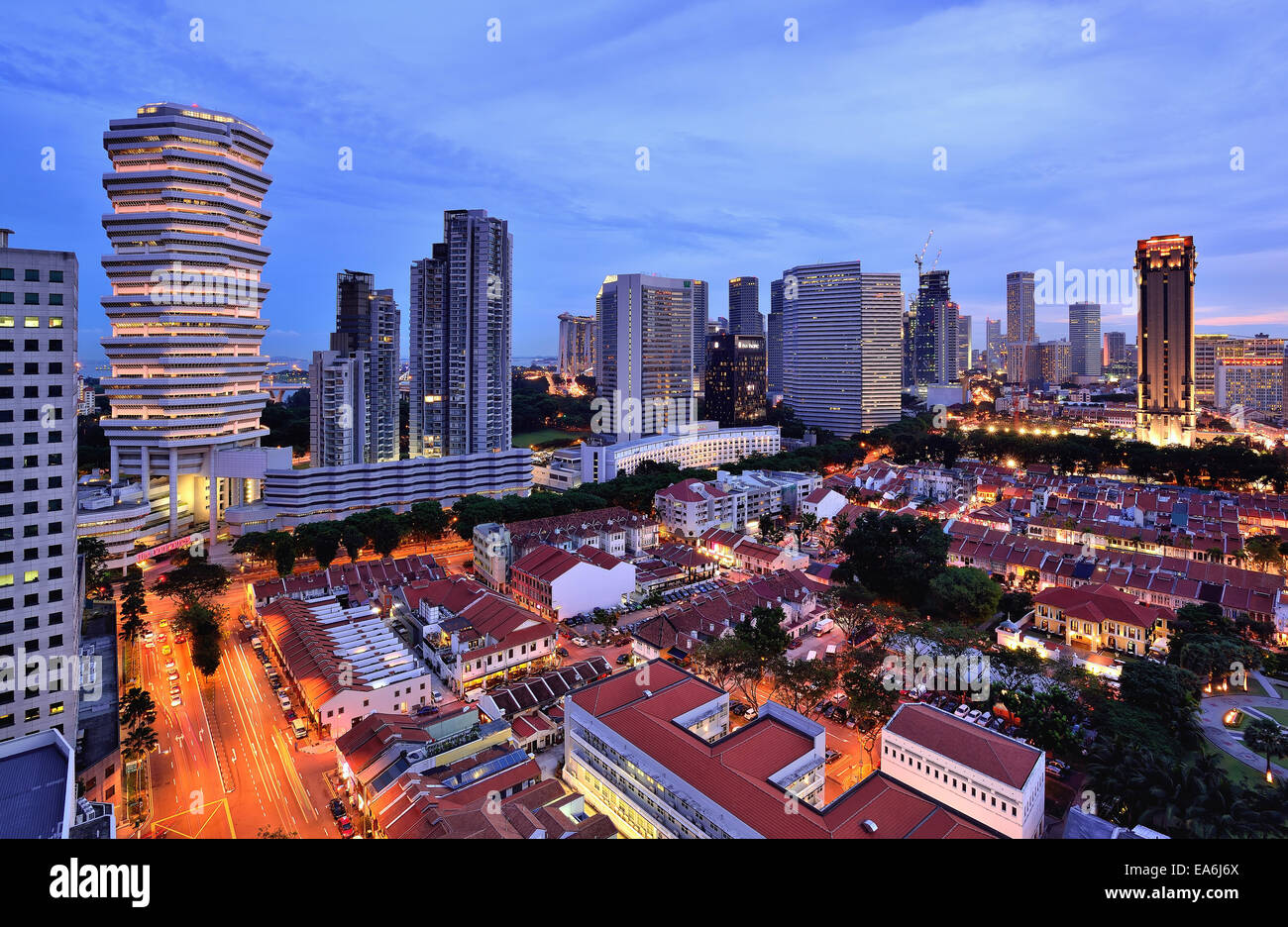 Singapore, Downtown skyline at dusk - Stock Image