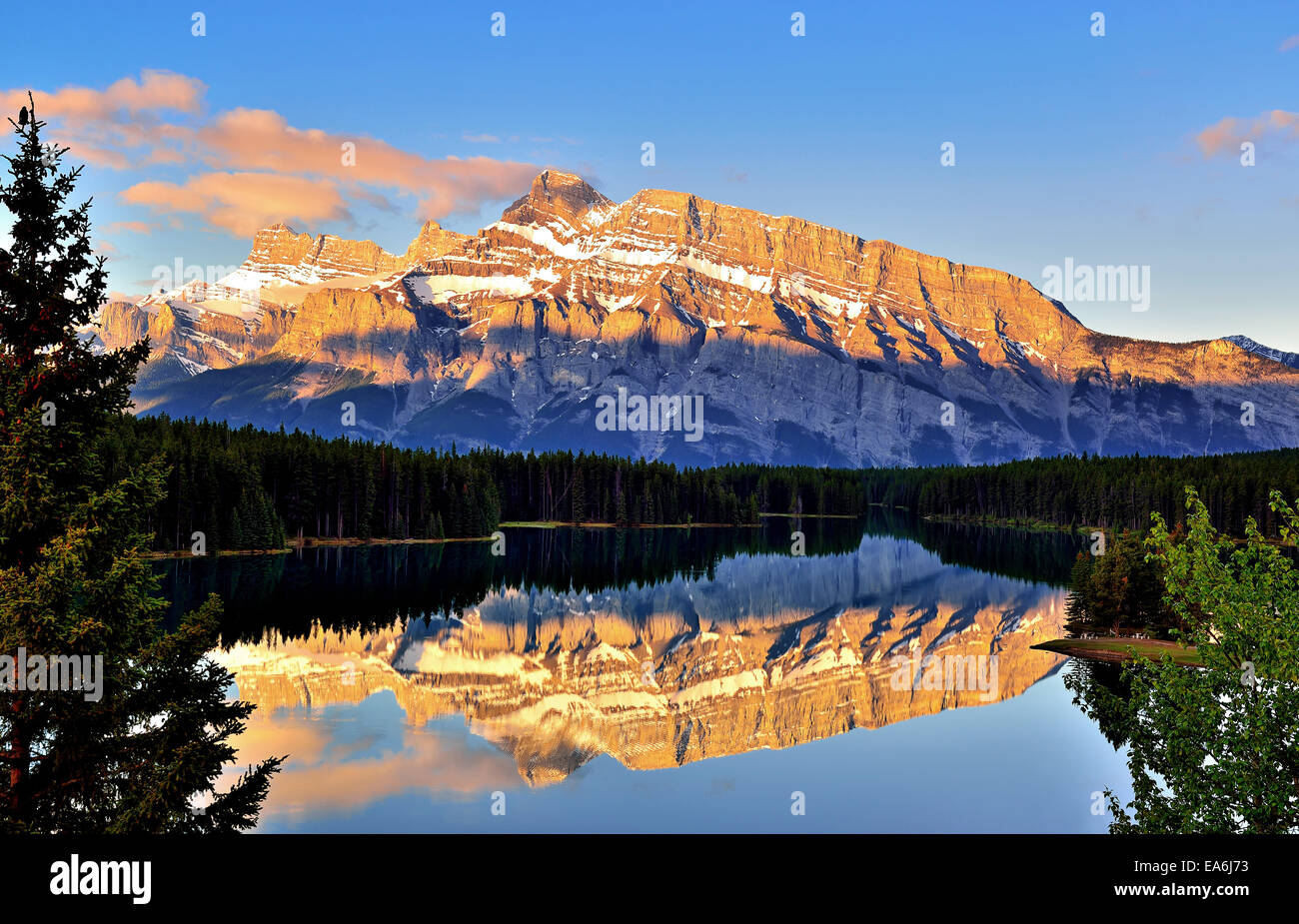 Canada, Banff, View of Two Jack Lake and Mt Rundle Stock Photo