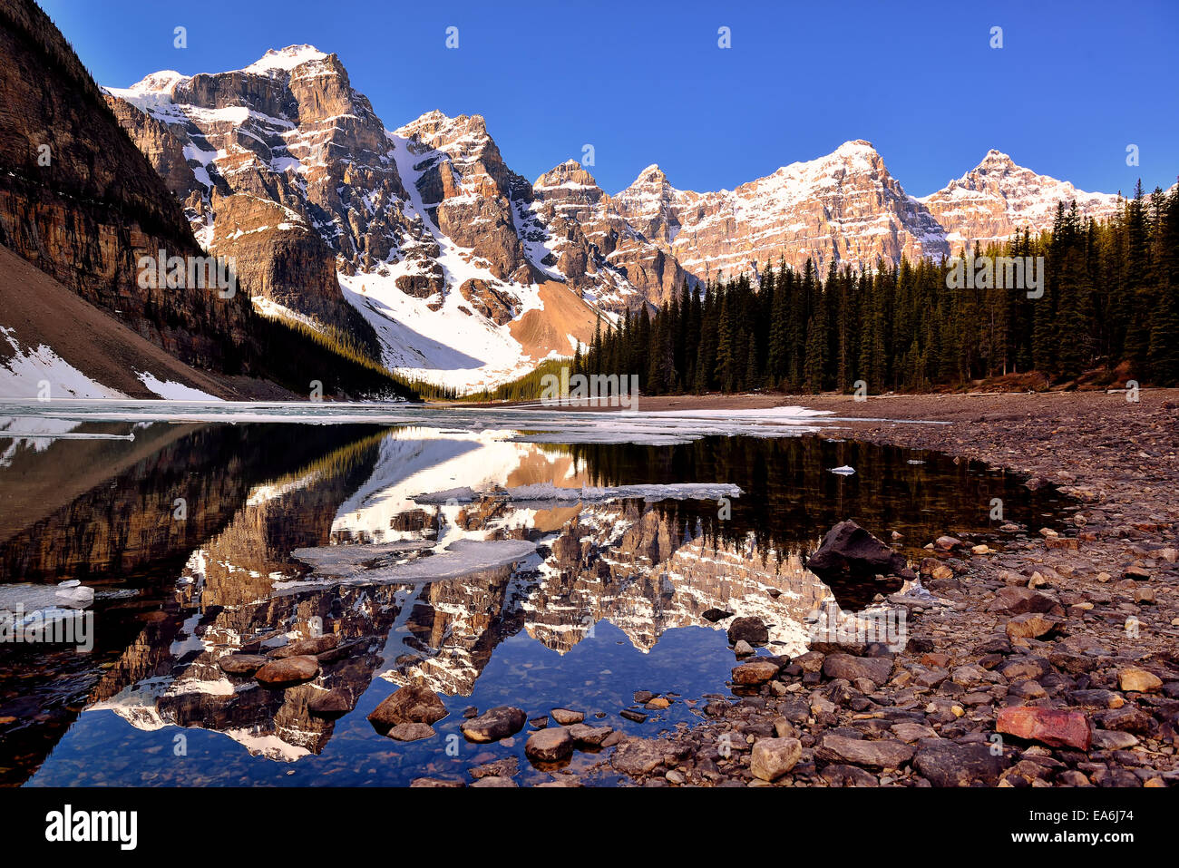Canada, Banff National Park, View of Moraine Lake and Valley of the Ten Peaks Stock Photo