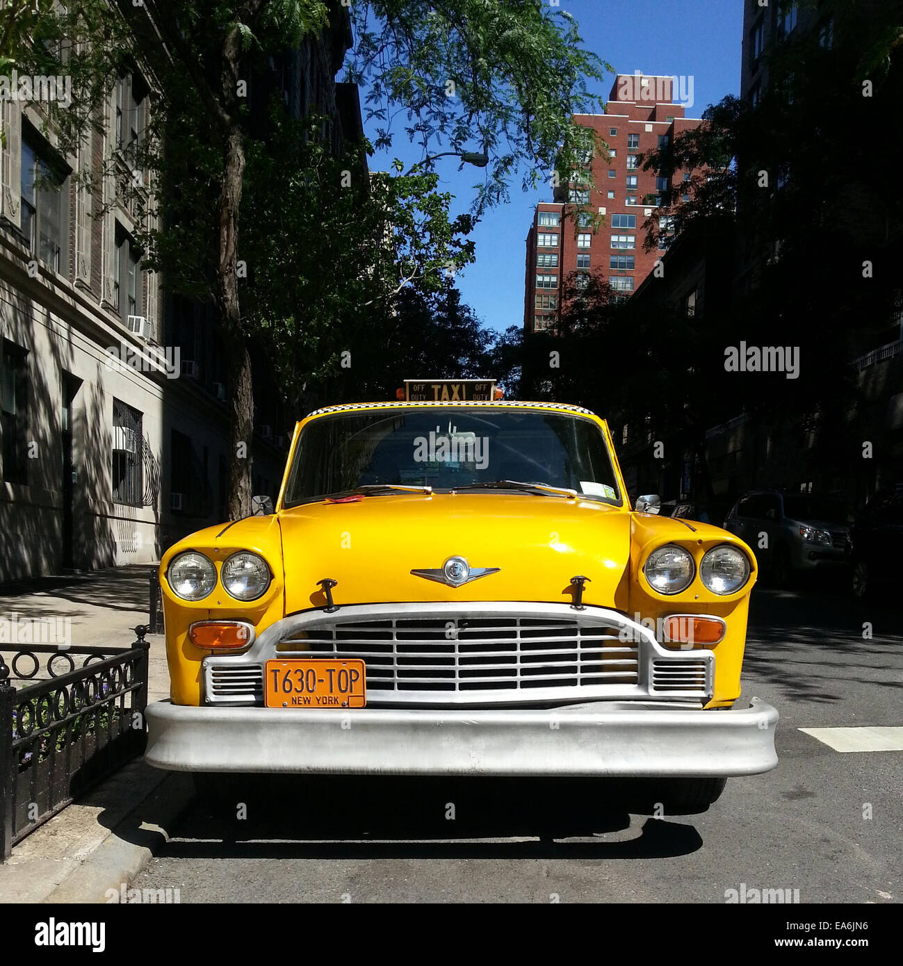 Yellow cab parked on the street, Manhattan, New York, America, USA - Stock Image